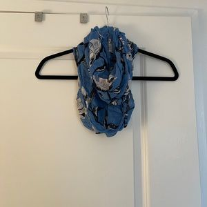 Chase bank lands end scarf